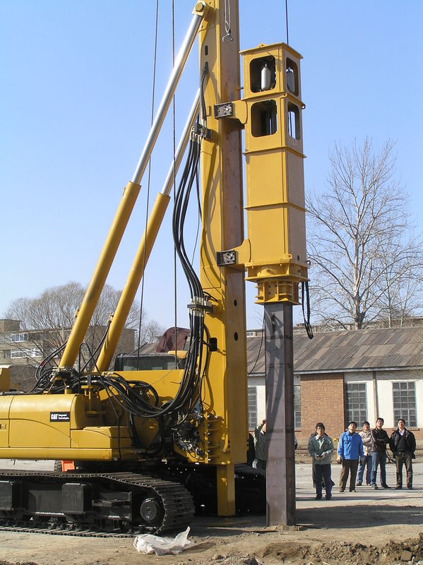 TH -60 Hydraulic Pile Rig Piling Machinery with Yellow Color and